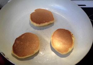 japán palacsinta sütése 3
